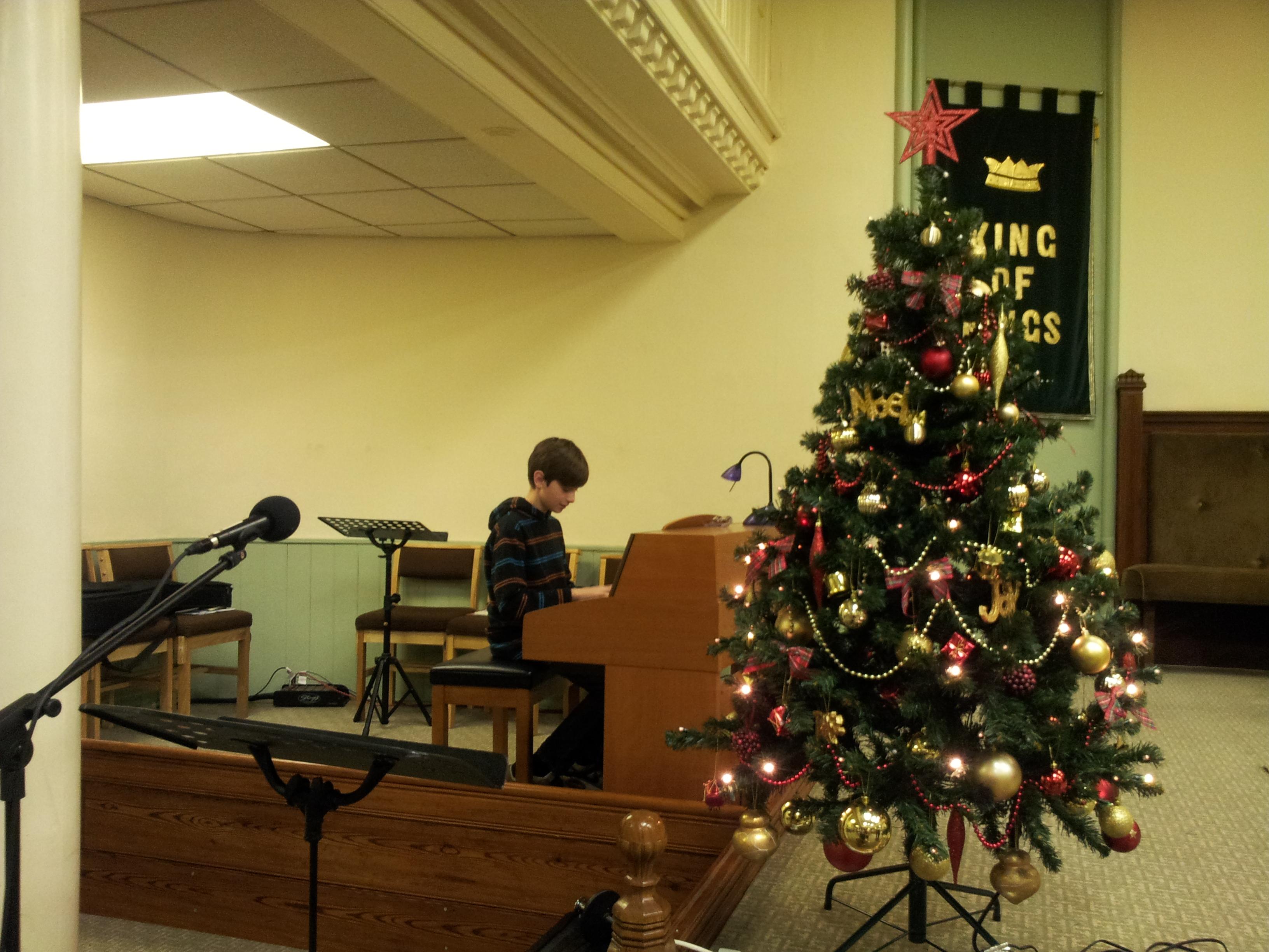 Christmas 2013 - Tree & Music